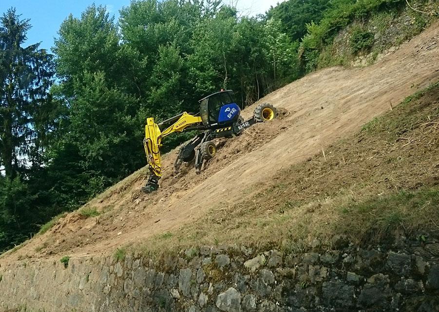 Duperier TP - Travaux de terrassement en pelle araignée Kaiser S12 4x4