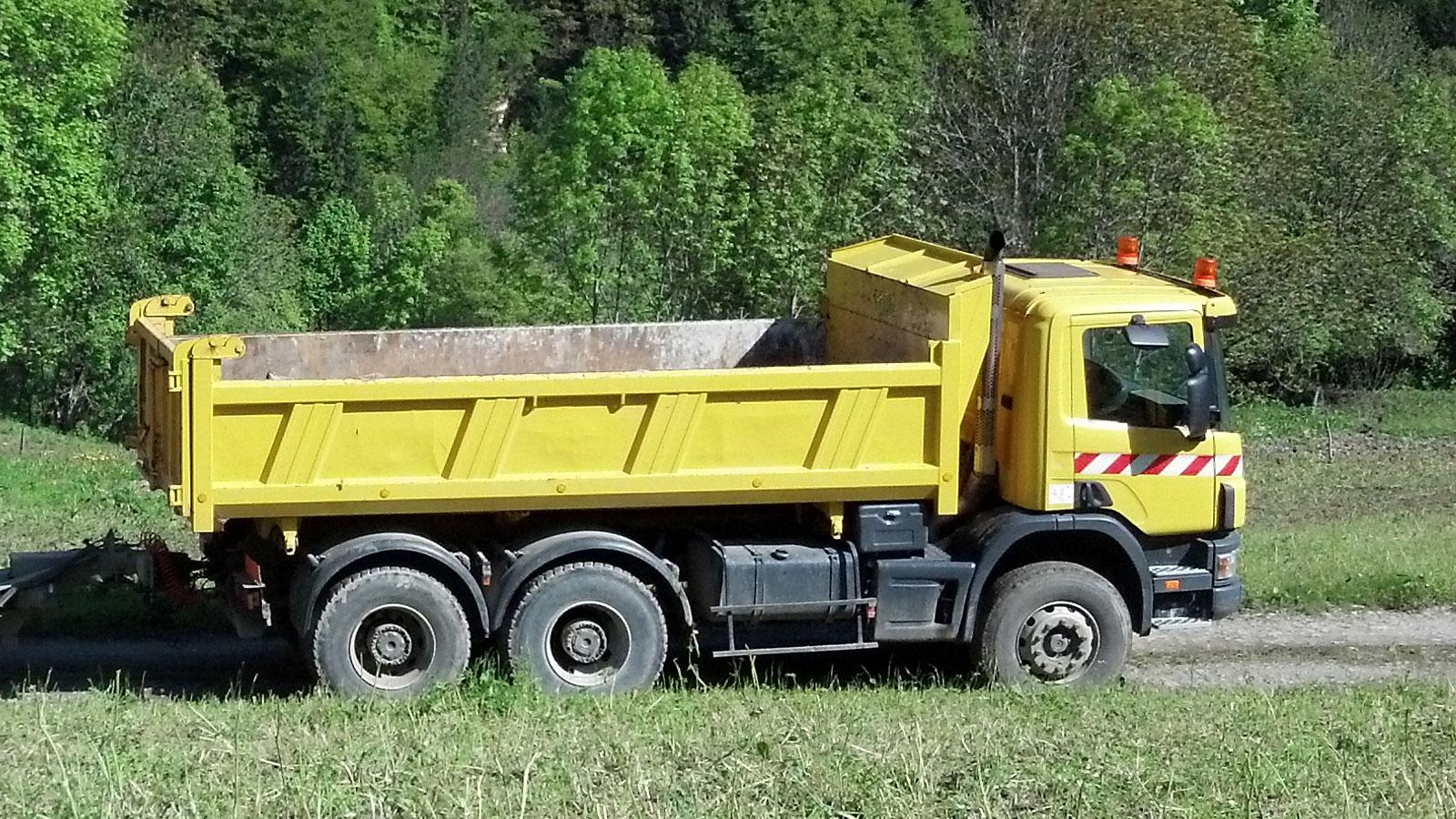 Camion SCANIA 6x4 380 bibenne MEILLER