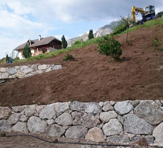 Duperier TP - Pelle araignée en Savoie - enrochement maison individuelle avec accès difficile