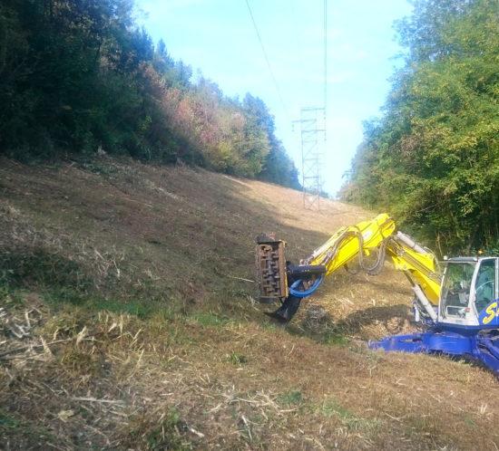 Duperier TP - Travaux extrêmes en Savoie, broyage sous ligne haute tension